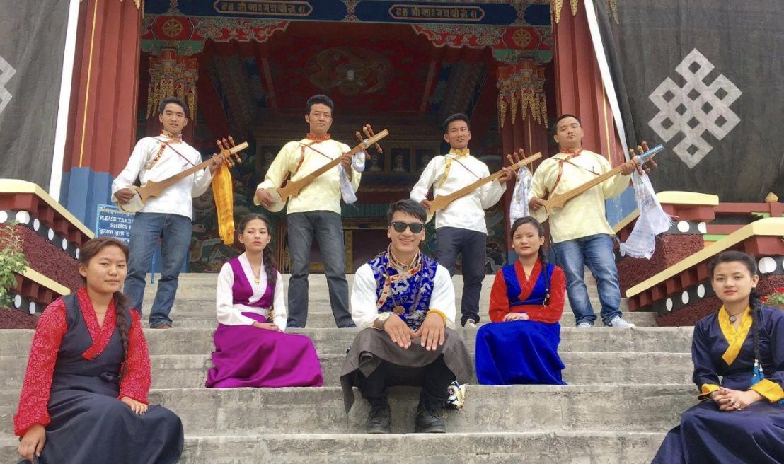 "गायक लाक्पा शेर्पाकाे नयाँ म्यूजिक भिडियाे ""ङ्याकी सेम्ला "" सार्वजनिक"