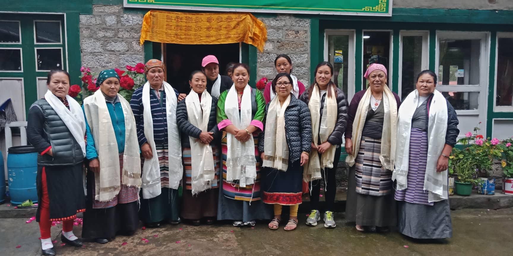 महिला सशक्तीकरणका लागि खुम्बु पासाङ ल्हमु गाउँ पालिकाद्वारा महिला समूह गठन