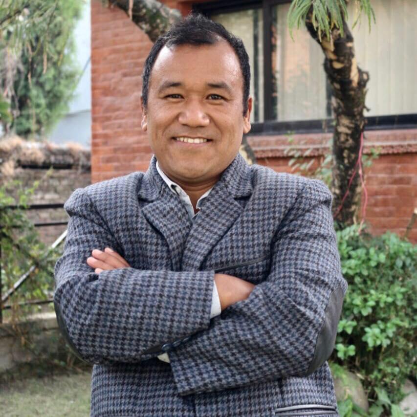 नेपाली बौद्द धर्मालम्बीहरुलाई बिदेशको तिर्थयात्रा गराउदै: पर्यटन ब्याबसायी पासाङ शेर्पा