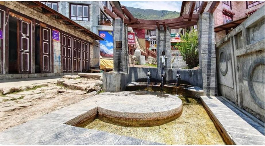 नाम्चेमा पानीबाट घुम्ने माने, पर्यटकको ध्यान तान्ने आशा
