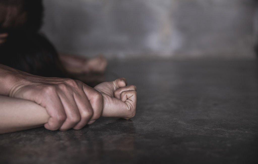 लुक्लामा काकाद्वारा १४ बर्षीया बालिका बलात्कृत, ८ महिनाको गर्भ रहेको खुलासा ।